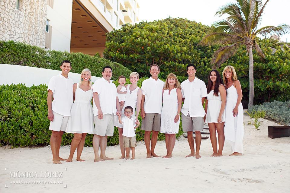 Cancun Family Portrais at Westin Lagunamar