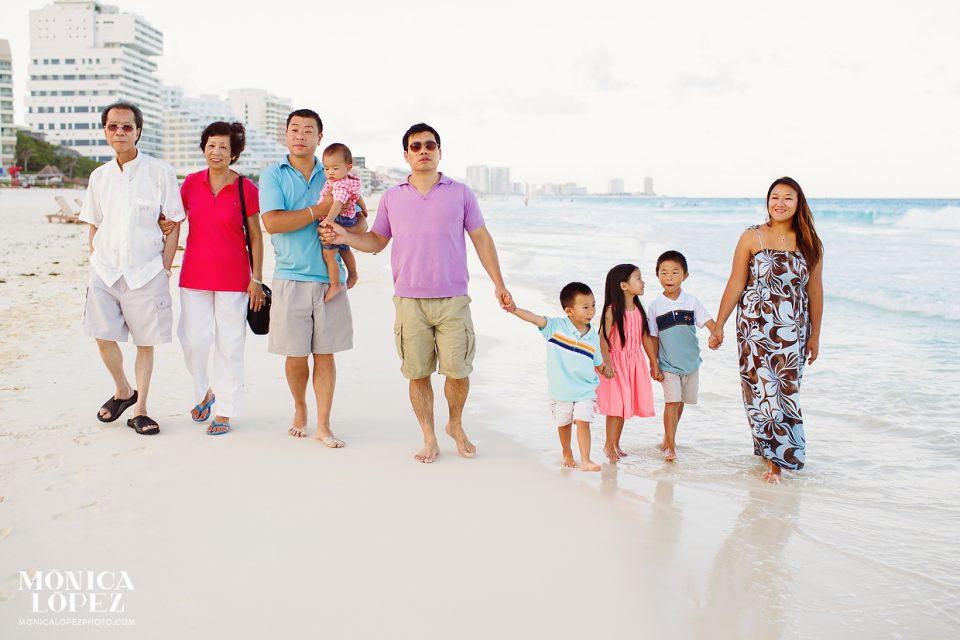 Westin Lagunamar Family Beach Portraits by Monica Lopez Photography