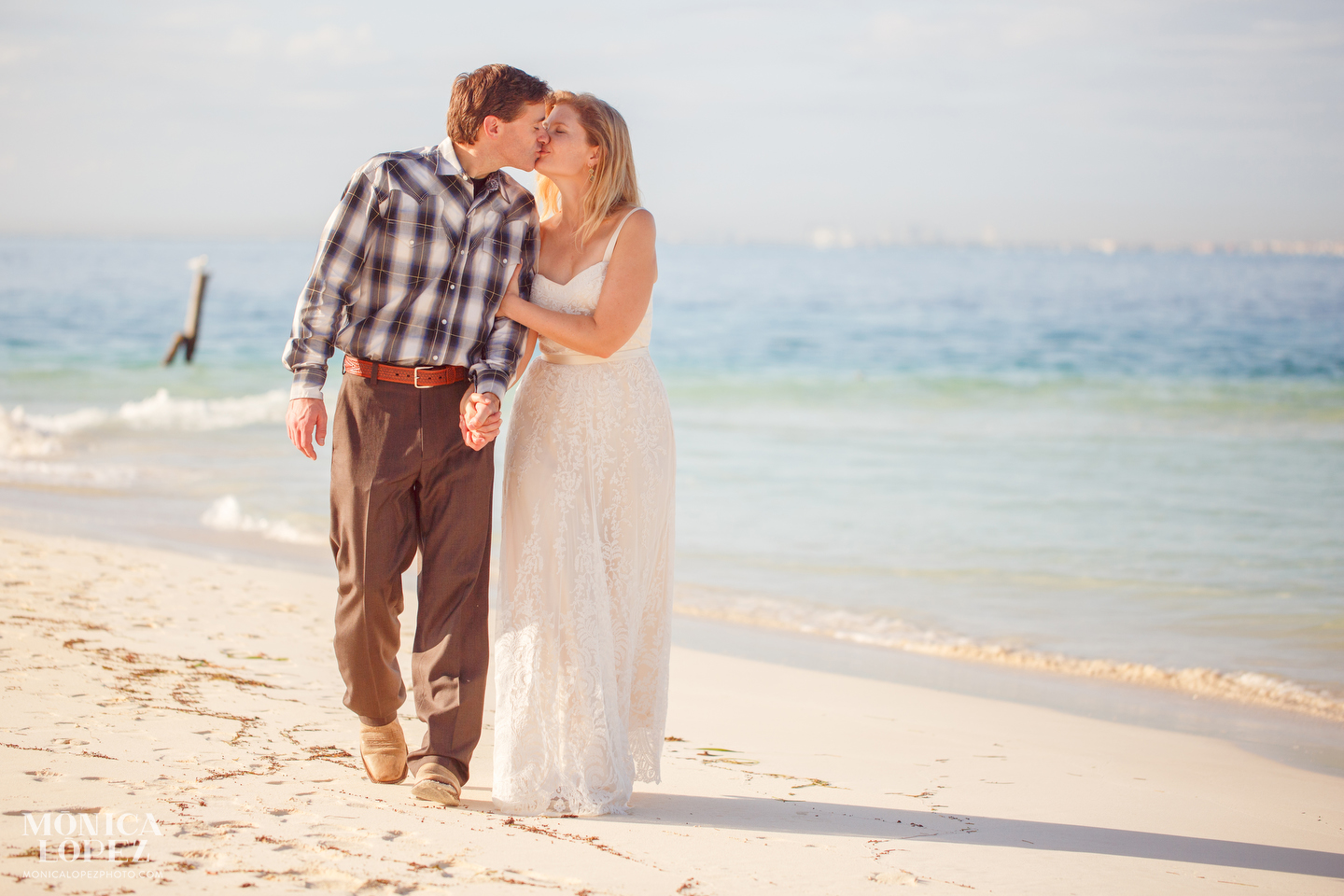 Isla Mujeres Sunrise Elopement by Monica Lopez Photography