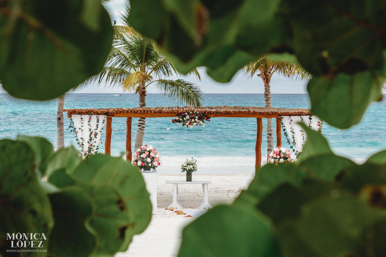 Secrets Maroma Wedding by Monica Lopez Photography